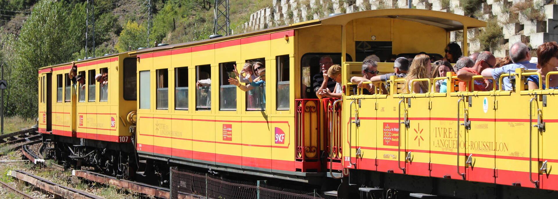 départ train jaune