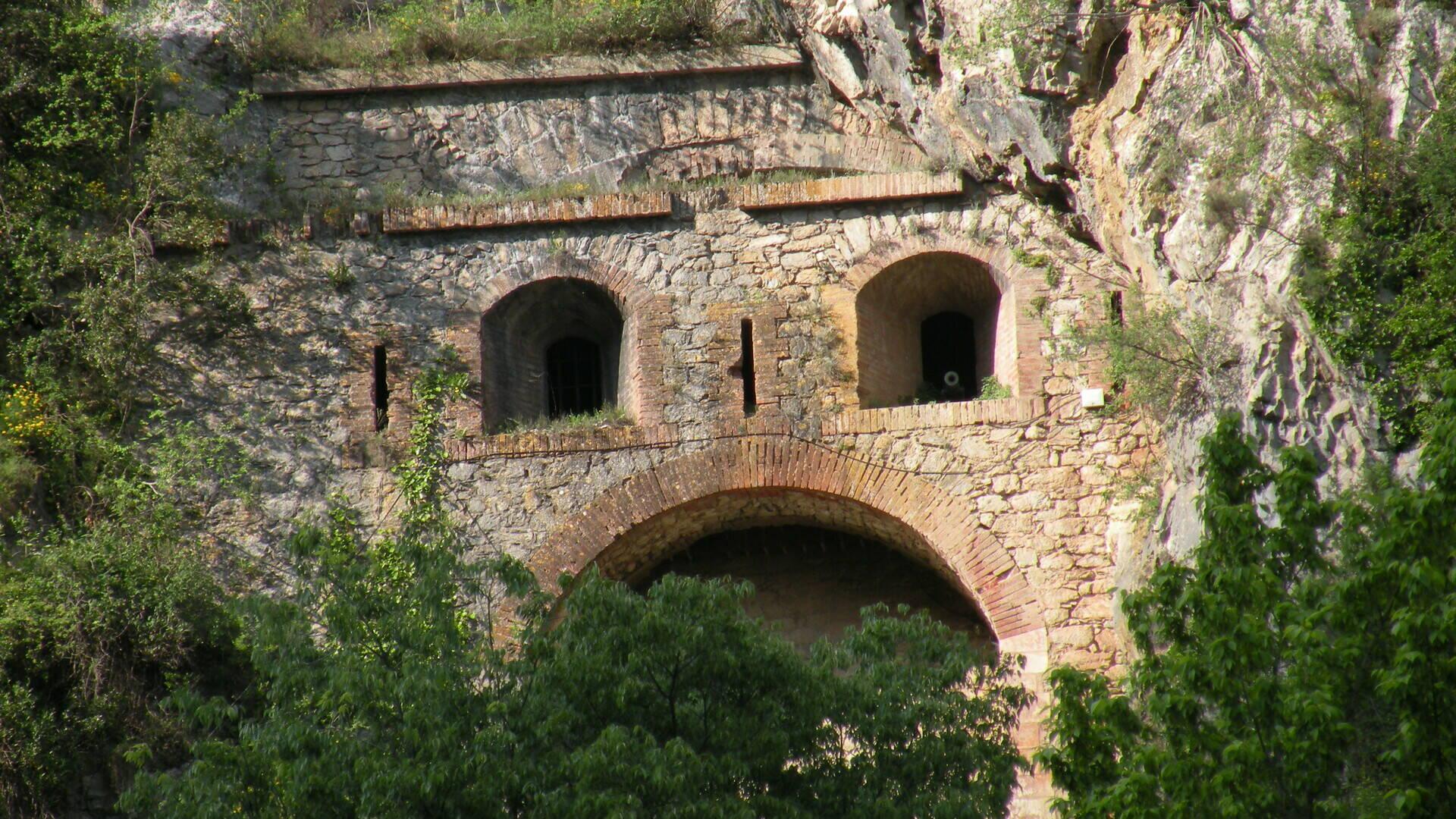 La cova bastera par R.M SORIA